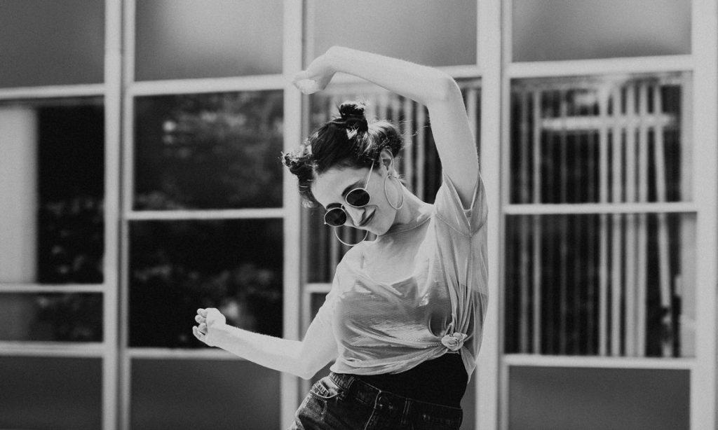 une étude affirme qu'il existe des mouvements de danse qui sont scientifiquement sexy