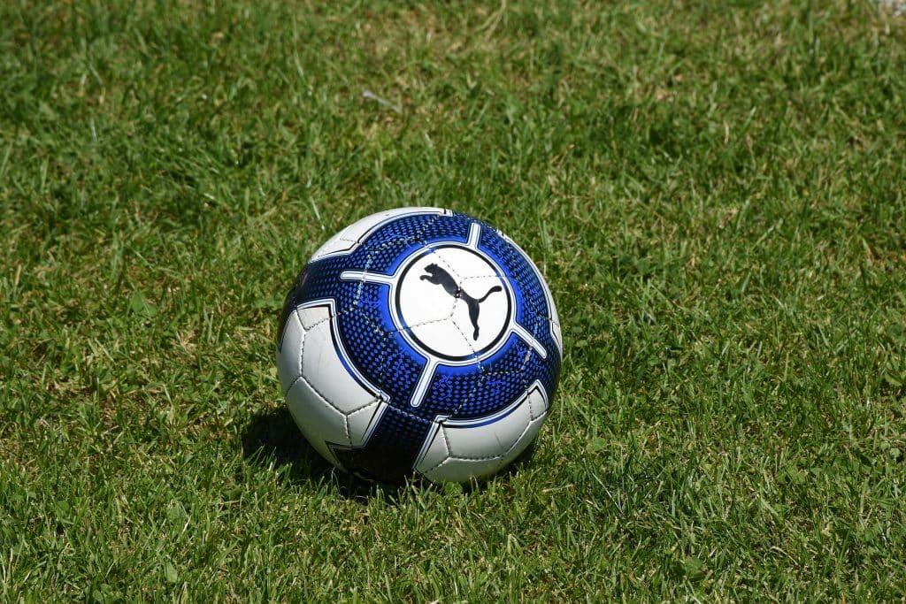 Foot match jeu tirage au sort