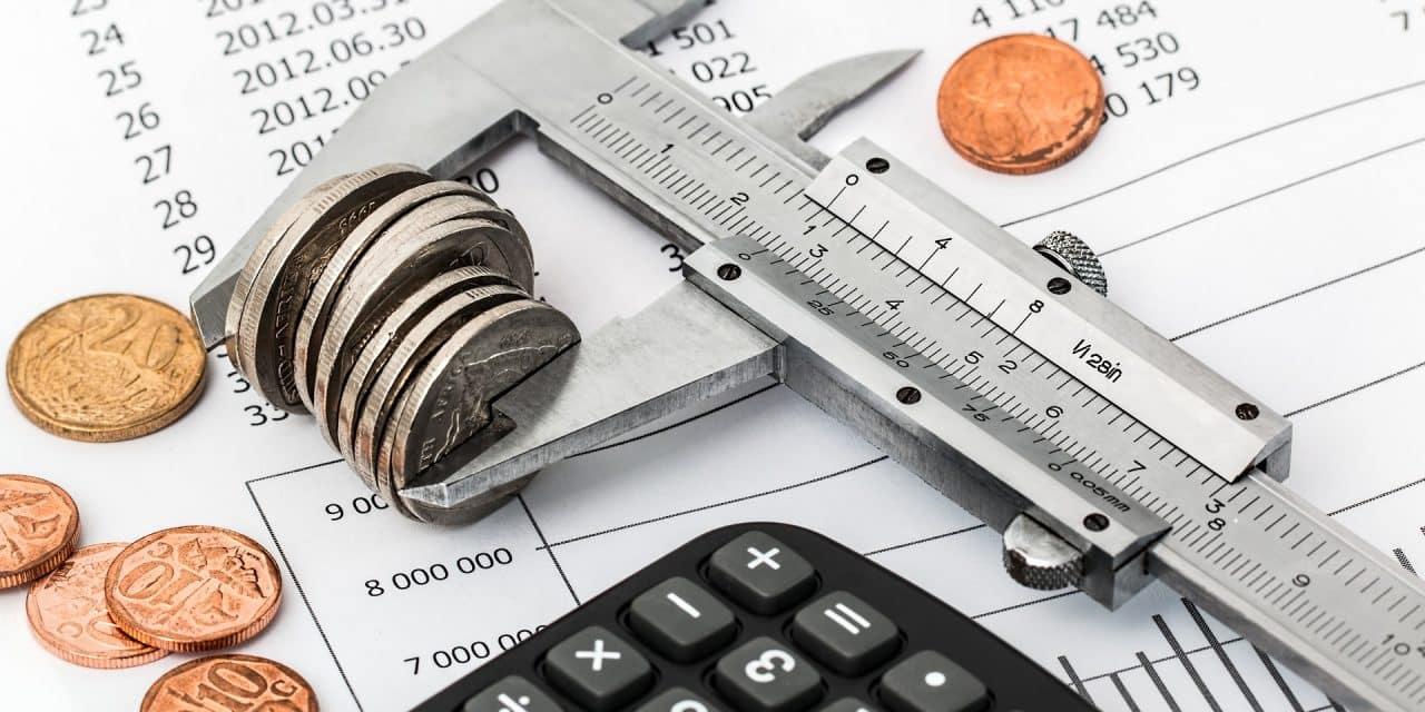 Rembourser ses dettes ou investir, que faire ?